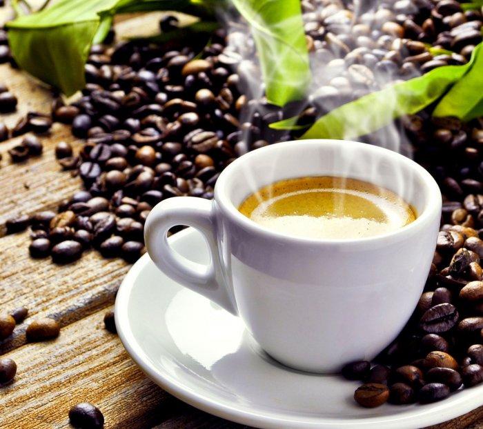Um Eisenmangel vorzubeugen, sollten eisenhaltige Lebensmittel nicht zusammen mit Kaffee gegessen werden, denn er stört die Verwertung