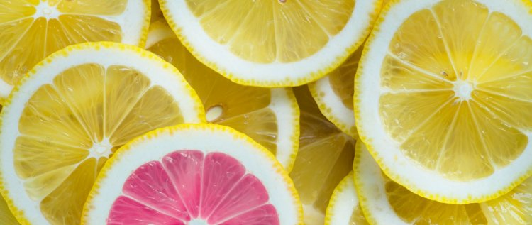 Citrusfrüchte helfen durch das eisenfördernde Vitamin C bei Eisenmangel